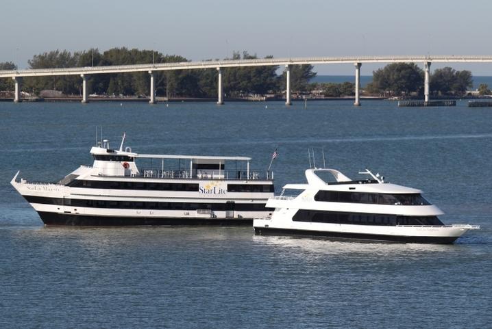 afternoon-yacht-cruisecruises3photo_1